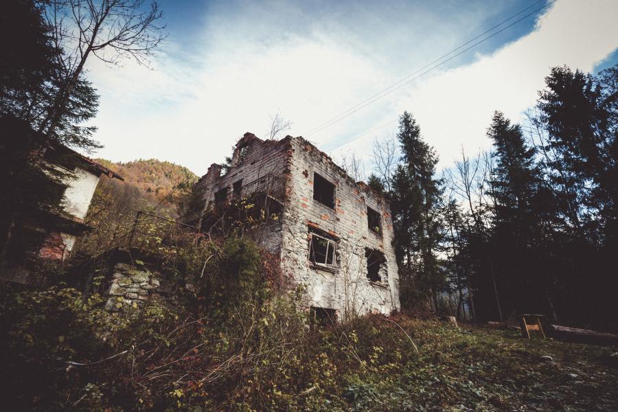 California di Gosaldo alla scoperta della città fantasma